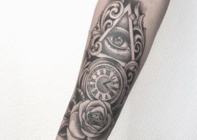 Black Lining - Jimmy - Eye Clock Rose